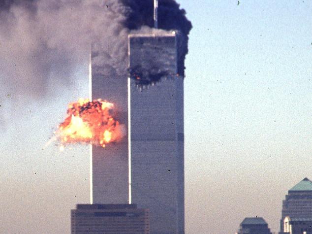 11 settembre: complottisti non si arrendono, le 3 teorie