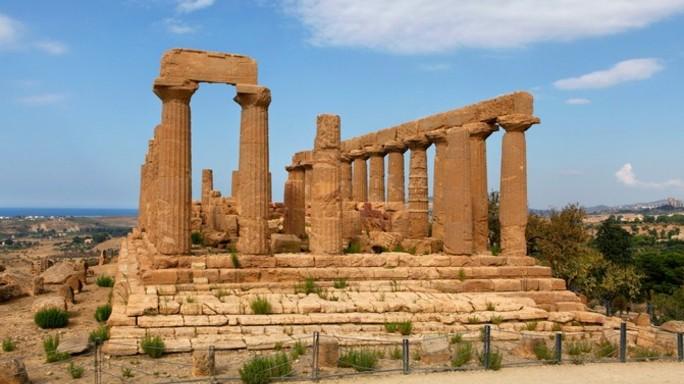 Valle Templi, scoperto l'antico teatro di Akragas