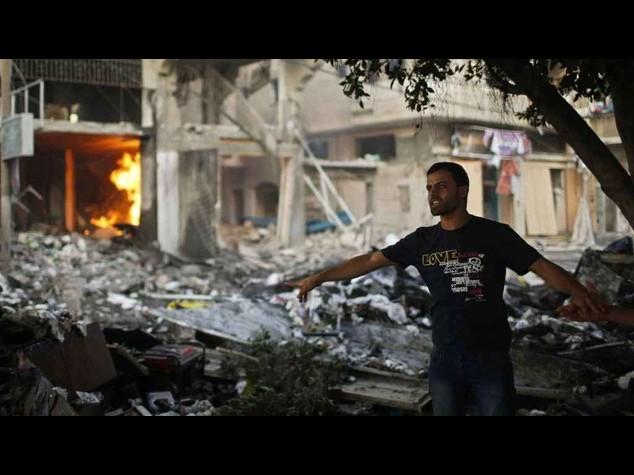 Notte di missili su Gaza   Razzo da Libano colpisce Israele