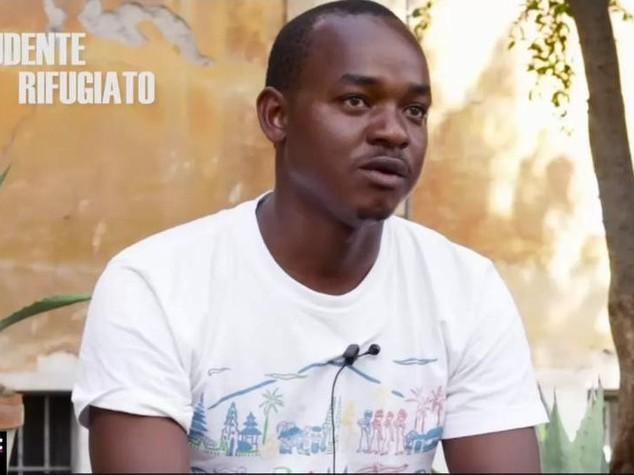 #TuNonSaiChiSonoIo - Alou, in fuga dal Mali per non dover uccidere - VIDEO