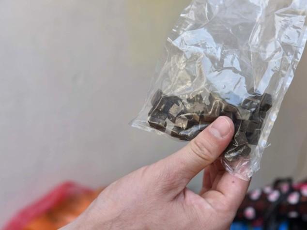 Droga: 19enne arrestato con un panetto di hashish nel Tarantino