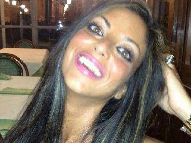Suicida per video hot, 4 indagati per diffamazione