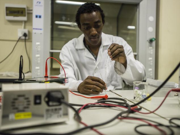 Angola: EIU lowered growth forecast of economy for 2016