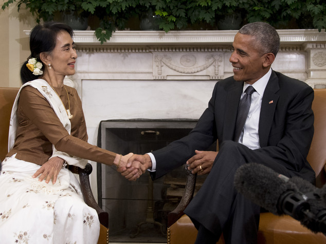 Obama incontra Aung San Suu Kyi, riprendono commerci
