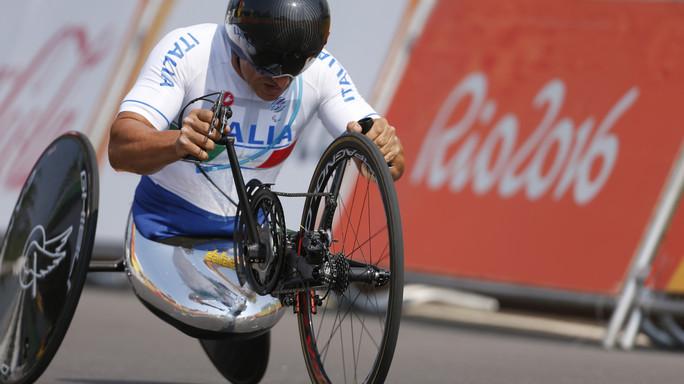 Paralimpiadi: Zanardi vince ancora, oro nella staffetta