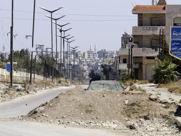 Siria: convoglio aiuti entrato in citta' assediata a Homs