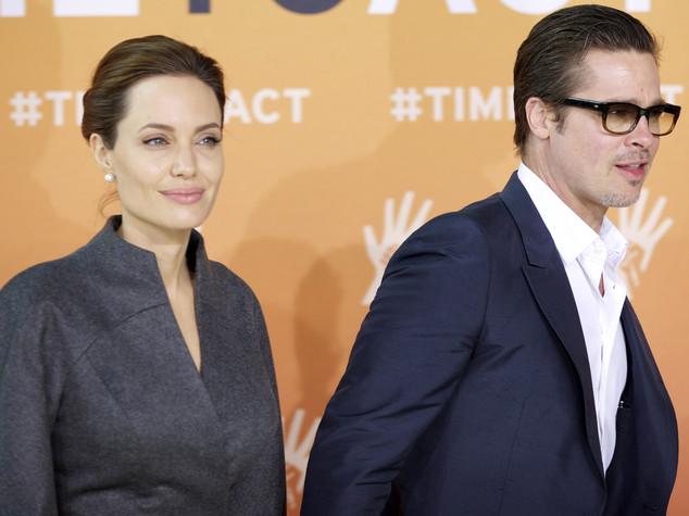 Alla Jolie la custodia temporanea dei figli