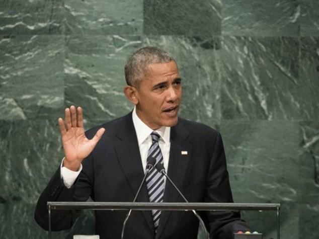 """Obama contro Mosca, """"cerca gloria attraverso la forza"""""""