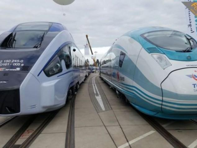Trenitalia, Alstom and Hitachi present trains at Innotrans
