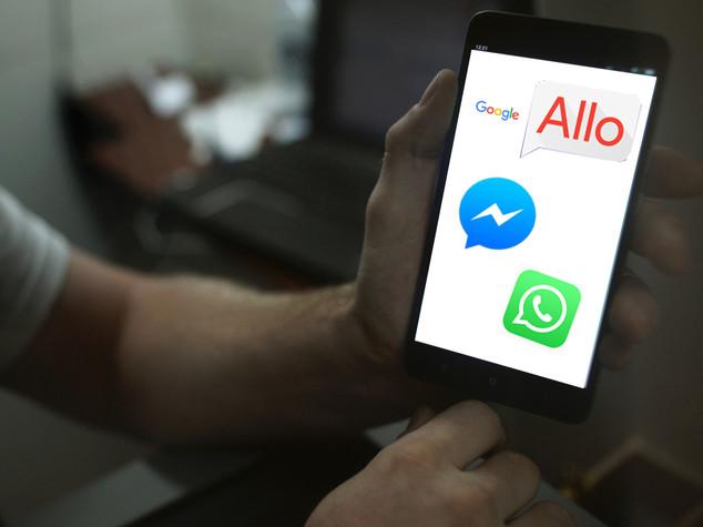 Google lancia Allo e sfida WhatsApp e Facebook