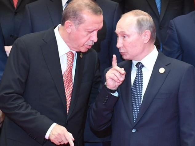 Siria: Cremlino, Putin ne ha parlato con Erdogan al telefono