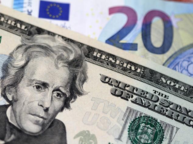 Euro chiude in rialzo sopra quota 1,12 dollari