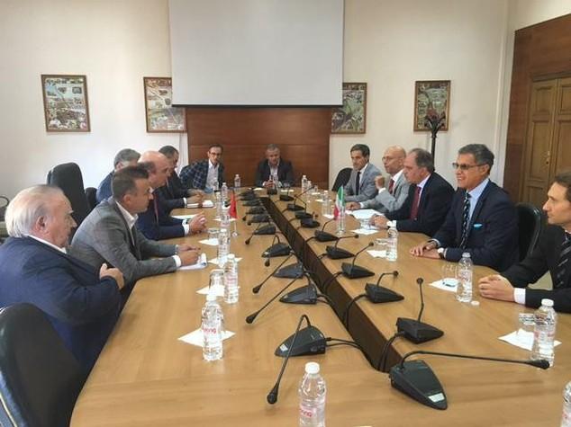 Italia-Albania: Castiglione, cresce impegno cooperazione bilaterale