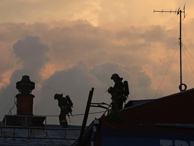 Russia: otto pompieri morti in un incendio a Mosca