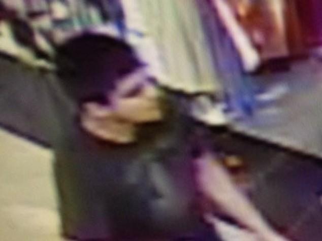 Usa, spari in centro commerciale, 5 morti -   FOTO e   VIDEO