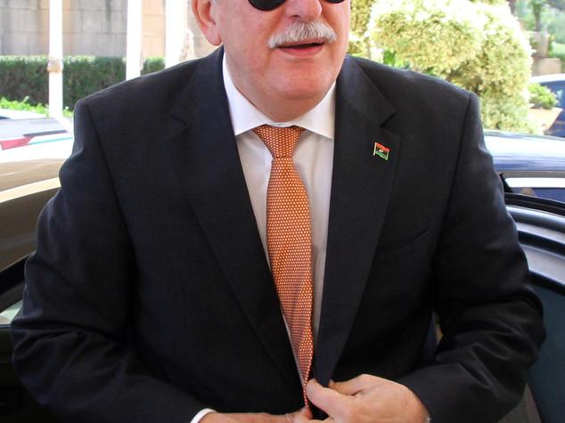 Libia: premier al Sarraj in visita da Hollande