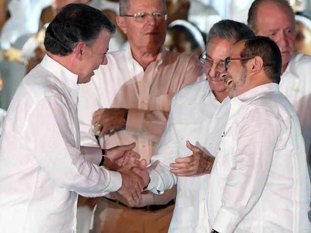E' pace tra la Colombia e le Farc