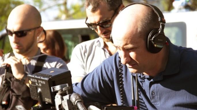 """""""A casa"""" con un migrante, Albanese gira il nuovo film"""