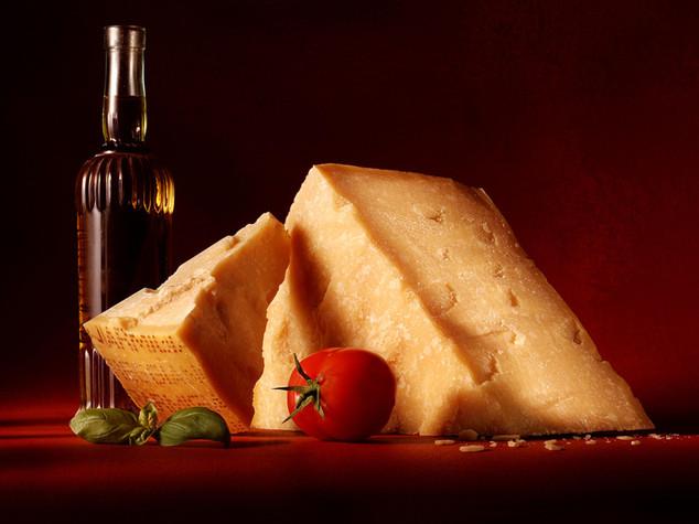 Sempre più Made in Italy, il 62% turisti acquista il nostro cibo - Infografica