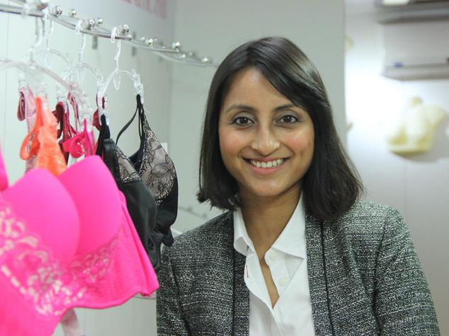 India, web rompe tabu' lingerie, Zivame vende 4 reggiseni al minuto