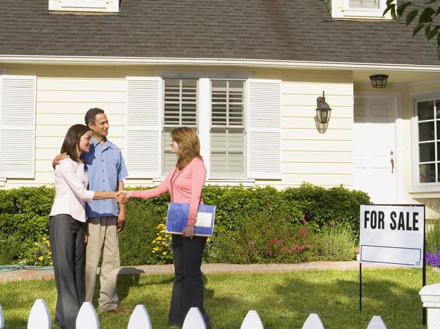 Usa: prezzi case stagnano a luglio