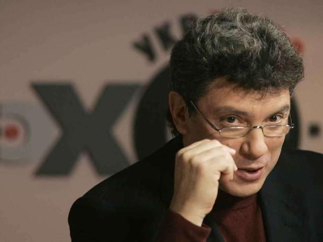 Mosca: ucciso in un agguato il capo dell'opposizione Boris Nemtsov