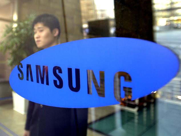 Dopo gli smartphone, ecco altro problema — Lavatrici Samsung esplodono