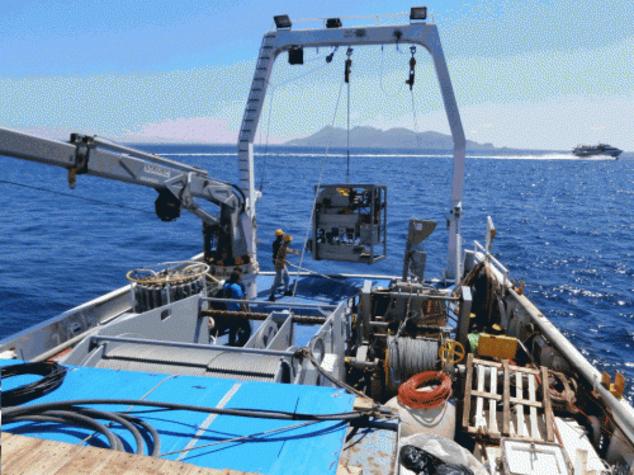 Vesuvio: Ingv, scoperte 6 strutture vulcaniche sottomarine