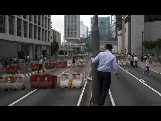 """Hong Kong: dilaga la protesta, Pechino """"Nessuni interferisca"""" - Video e Foto"""