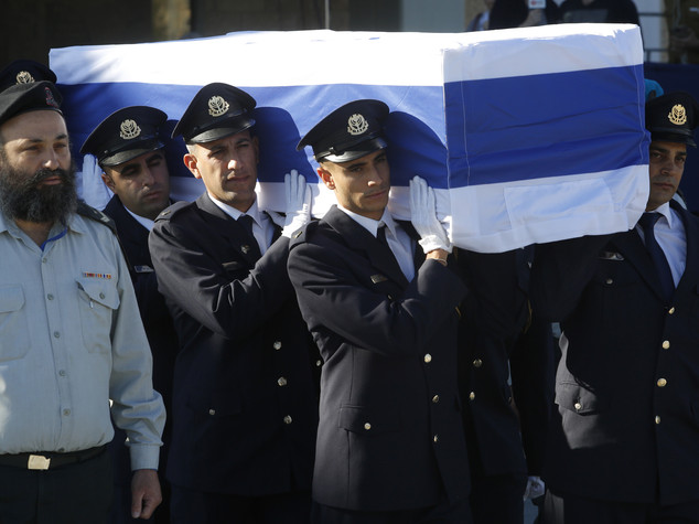 A Gerusalemme l'ultimo saluto a Shimon Peres