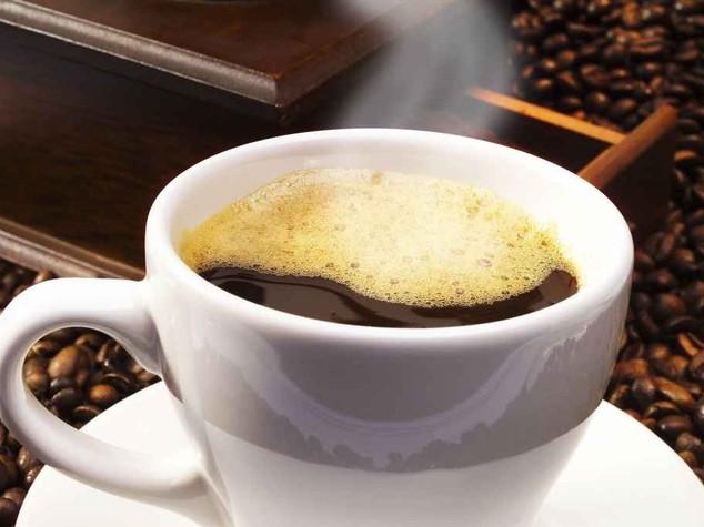 A Roma non c'è pace, caffè al bar più caro