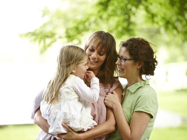 Cassazione riconosce bimbo nato da due donne