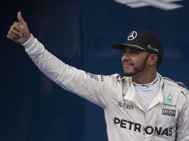 Hamilton trionfa in Brasile, decisiva Abu Dhabi