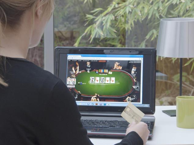 Gioco d'azzardo in crescita tra i minori