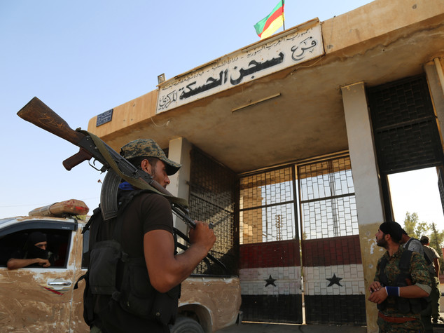 Strage in Siria, kamikaze uccide 14 persone