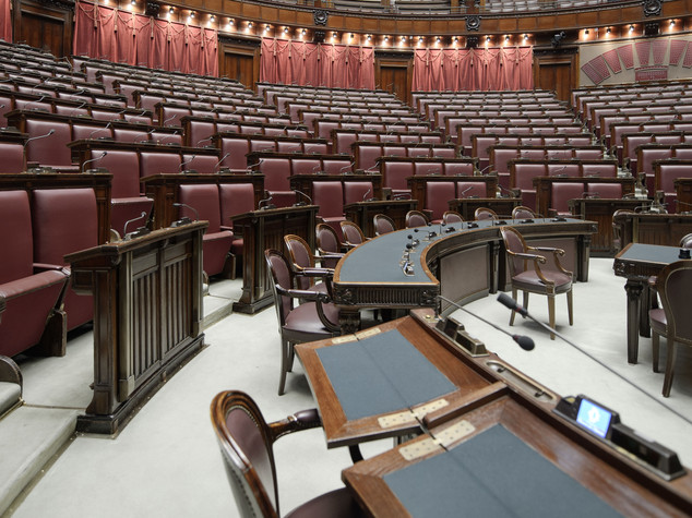 Da Berlusconi a Toni Negri, i deputati che hanno perso il vitalizio