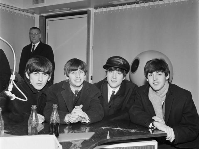 Dal voto alle donne in Francia al debutto dei Beatles e al primo James Bond, i fatti del 5 ottobre