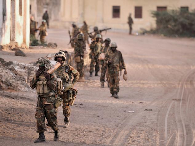 Tragedia in Somalia, 4 bimbi morti in raid aereo Unione Africana