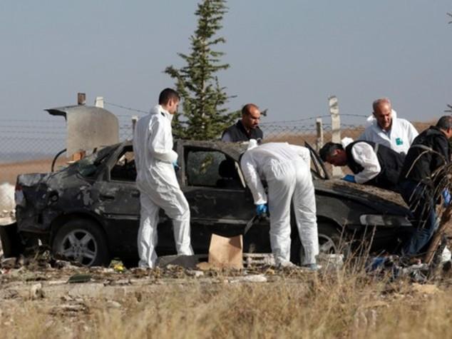 Turchia: due kamikaze si fanno esplodere ad Ankara