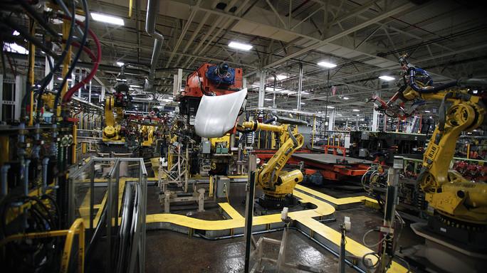 Boom produzione ad agosto, ma Confindustria gela l'entusiasmo