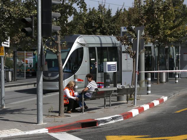 Spari sui civili a Gerusalemme, ucciso il terrorista