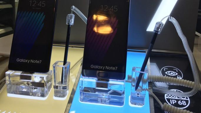 Dopo il caso Note 7, premio fedeltà a chi resta con Samsung
