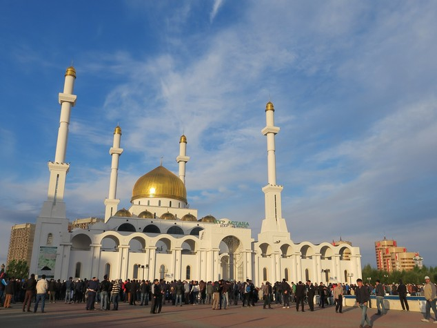 Kazakhstan to introduce visa-free regime for 48 countries in 2017