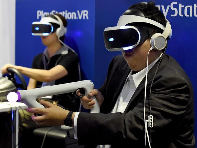 PlayStation nella realtà virtuale, arriva il visore 'PSVR'