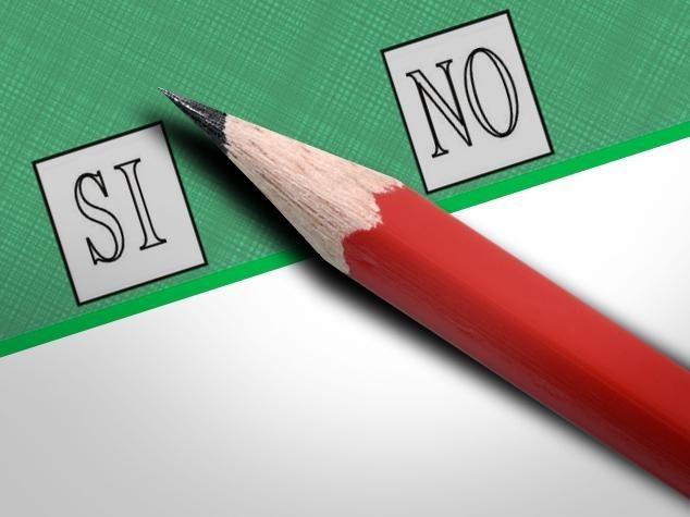 Ultimo sondaggio, No in vantaggio. Quanti sono gli indecisi