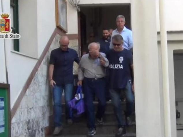 Molotov contro coppia di fidanzati a Palermo, in manette un 77enne - Video
