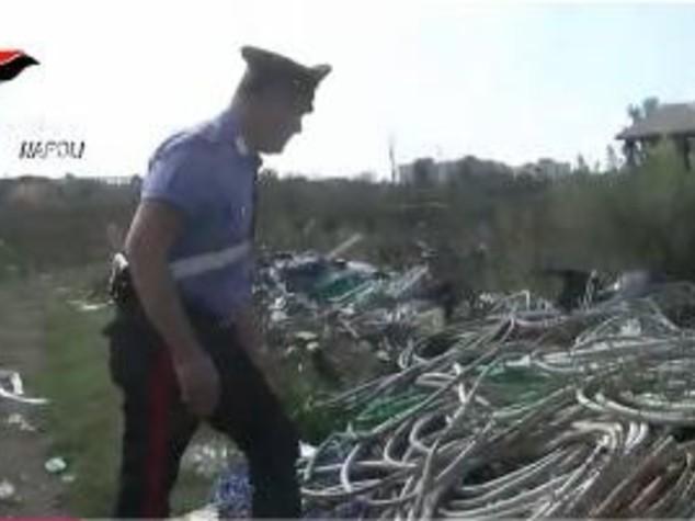 Blitz dei carabinieri nella Terra dei Fuochi, 69 denunce