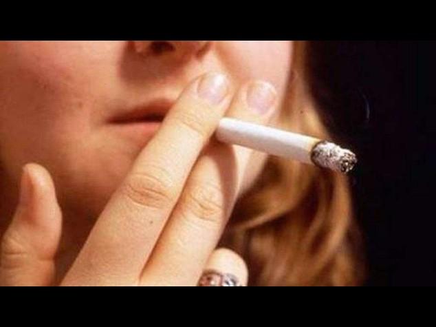 Fumo: scoperto legame con maggior rischio suicidio