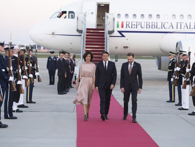 La lunga marcia di Renzi, 20mila chilometri in un mese