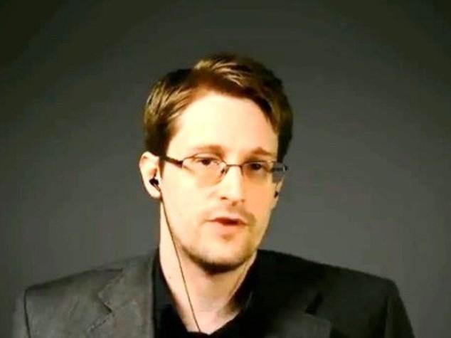 Edward Snowden, whistleblower che svelò Grande Orecchio